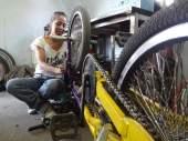 Héroes sobre ruedas (Eli Reyes C.)
